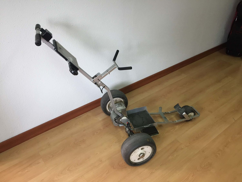 Carro de golf electrico, tubo cuadrado gris 49 euros